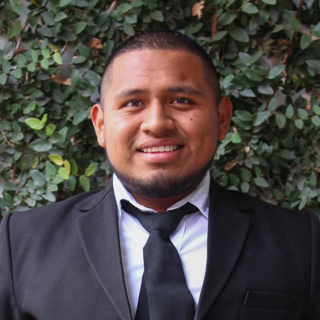 Alex Ramiro